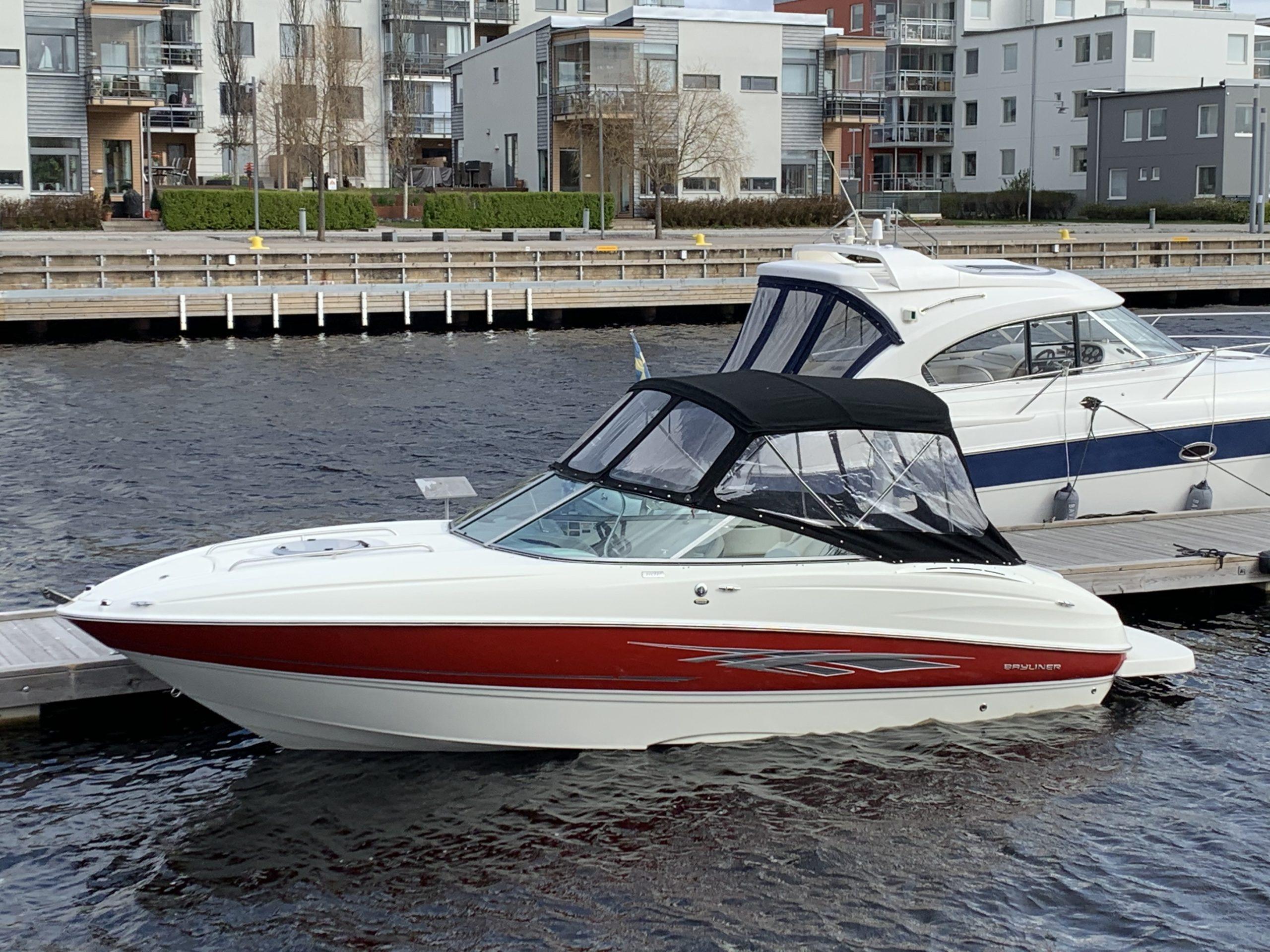 Bayliner 802 CC
